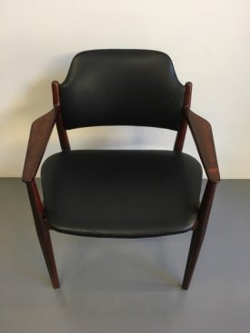 Vodder Rosewood Chair