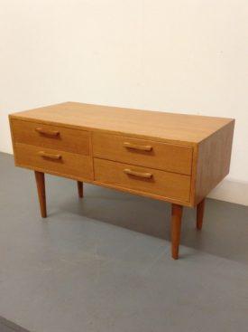 Small oak chest