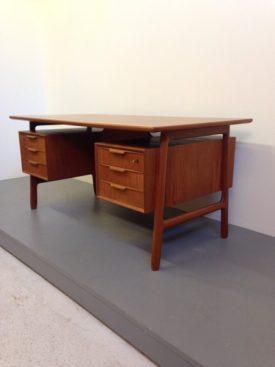 Gunni Omann Teak Desk