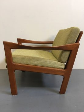 Illum Wikkelsø lounge chairs