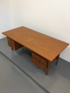 Kai Kristiansen Executive Desk