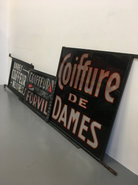 Coiffure De Dames sign