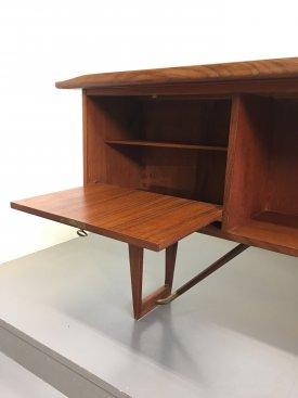 Løvig Teak Desk