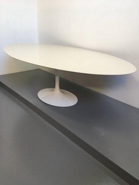 Large Saarinen Knoll Table