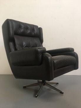Danish Buttoned Swivel Armchair