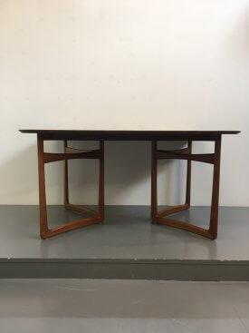 France & Daverkosen Extending Table