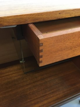 Greaves & Thomas Cabinet