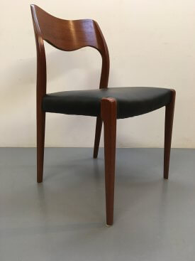 Set of 6 Møller 71 Chairs