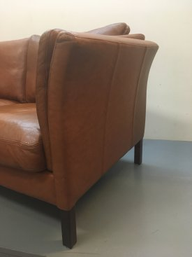 Skalma Leather Sofa