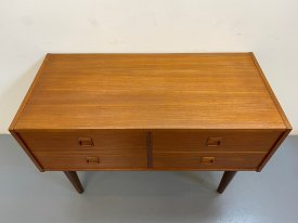 Square Handles 4 Drawer Chest