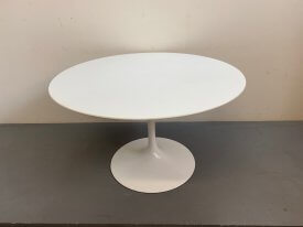 Saarinen Tulip Table by Knoll