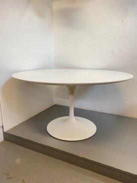 1960's Saarinen Tulip Table